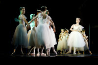 Ballet pertormance at Maynardville [1001174901]