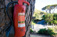 Fake fire extinguisher [1001235520]