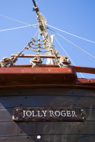 Jolly Roger pirate ship [1001235794]