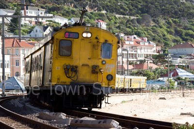 kalk bay,train