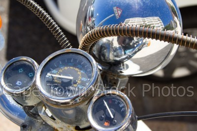 reflection,motorcycle,speedometer,gauges,motorbikes