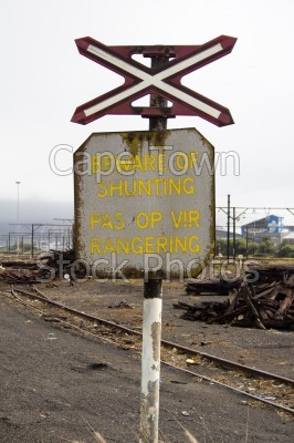 railway,shunting,warning,signs