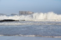 Waves crashing at Clifton beach [1205068001]