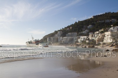 boat,beach,clifton