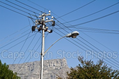 table mountain,lamp post