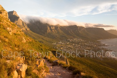 sea,sunset,lions head,camps bay,hiking,cloudy