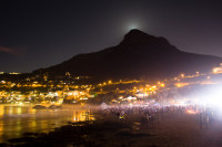 Moon rising over Lion's Head [1402150490]