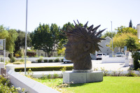 Statue of a spiky head in Franschhoek [1504119208]