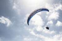 Paragliding from Signal Hill [1508080814]